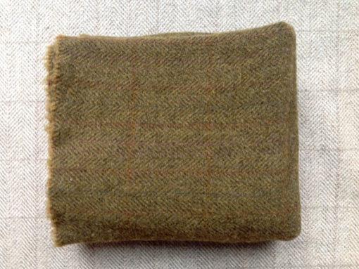 Lazy Lizard Textured Wool